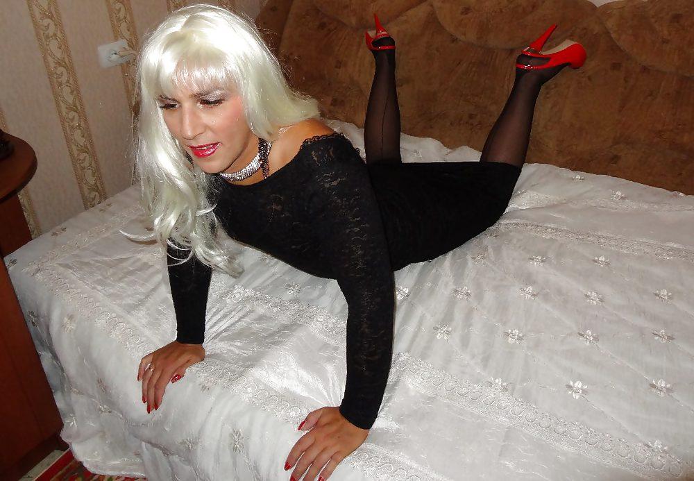 devishnik-brazilii-zhenshina-ishet-transvestita-chastnoe