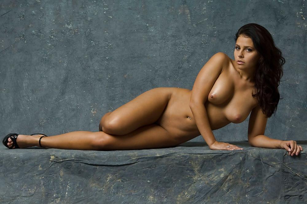 Cassie Amato Nude Sexy