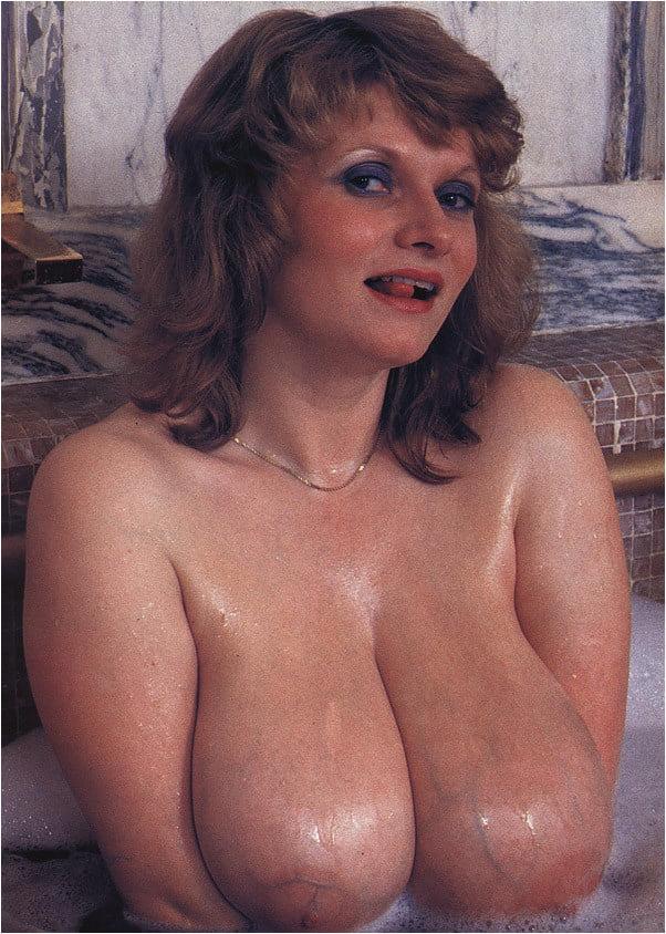 Vintage boobs tube-1409