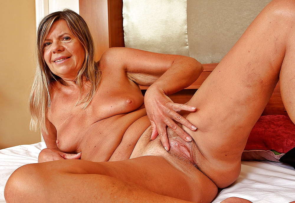 Mature Asian Nude In Danmark