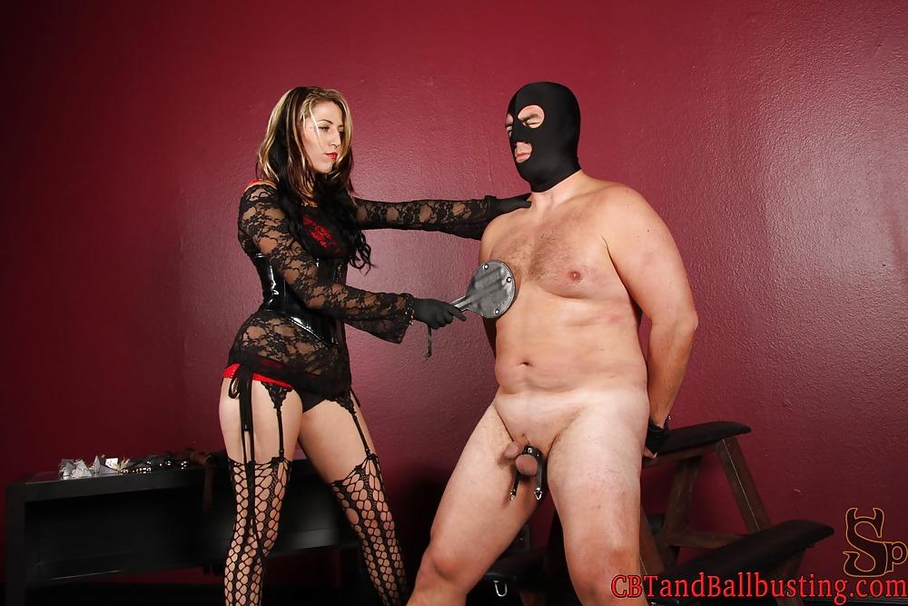 госпожа пытает раба помпой - 5