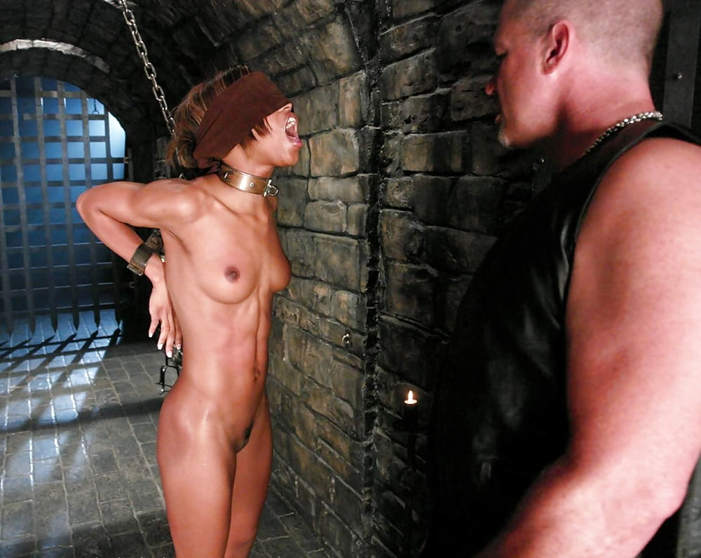 Marie luv at spank wire, busty blnde babe
