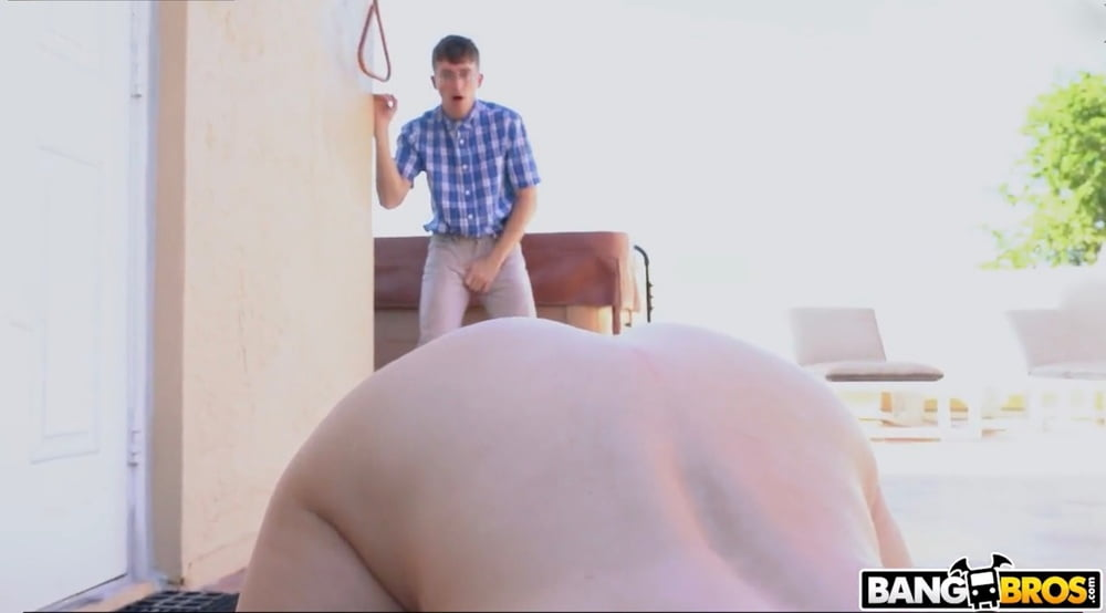 Milf and young man-9391