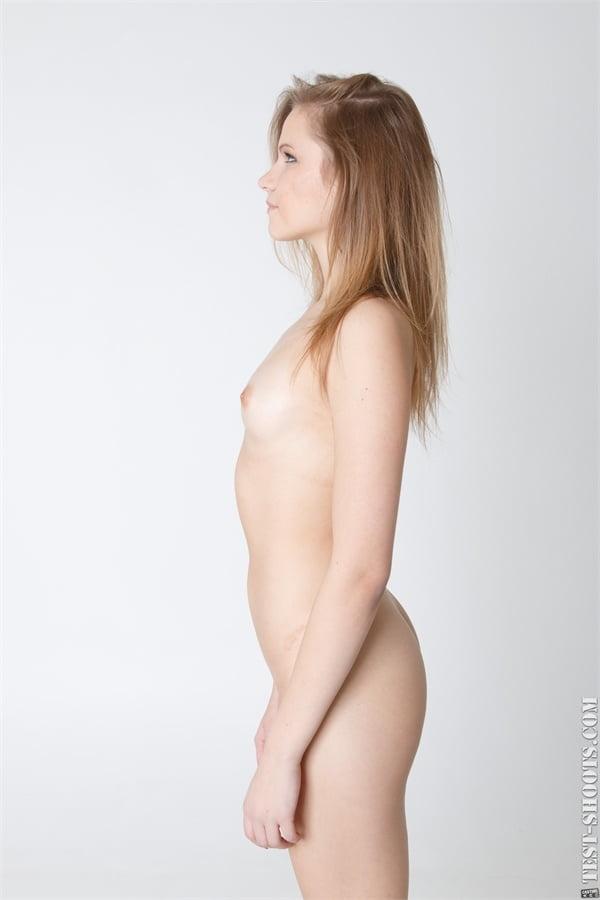 Stella pretty 18yo schoolgirl nude casting- 16 Pics