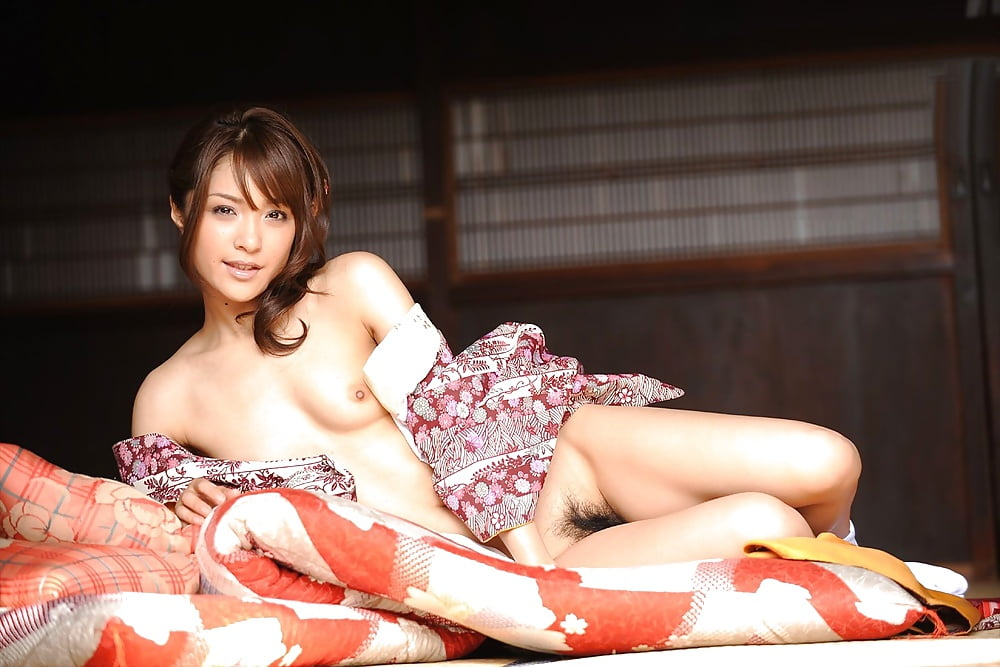 porn-japanese-girl-traditional-kimonos-sex