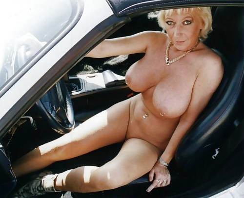 Nude babes and cars-7689