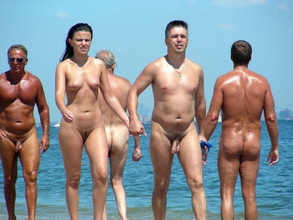 women-giving-men-boners-at-a-nude-beach
