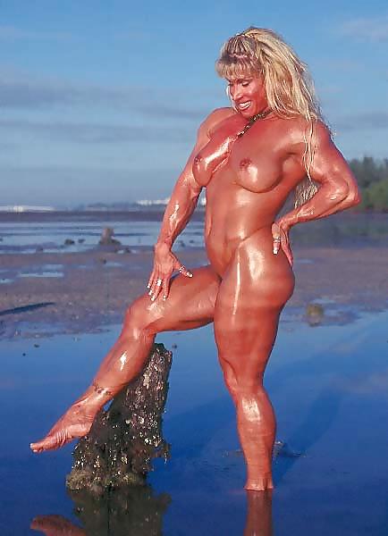girls-nude-christi-wolf-nude-nude