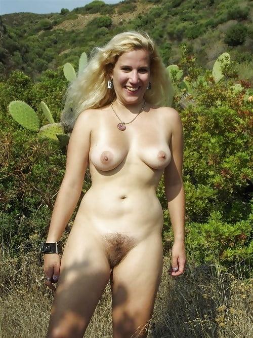 Sexy naked busty milfs-7483