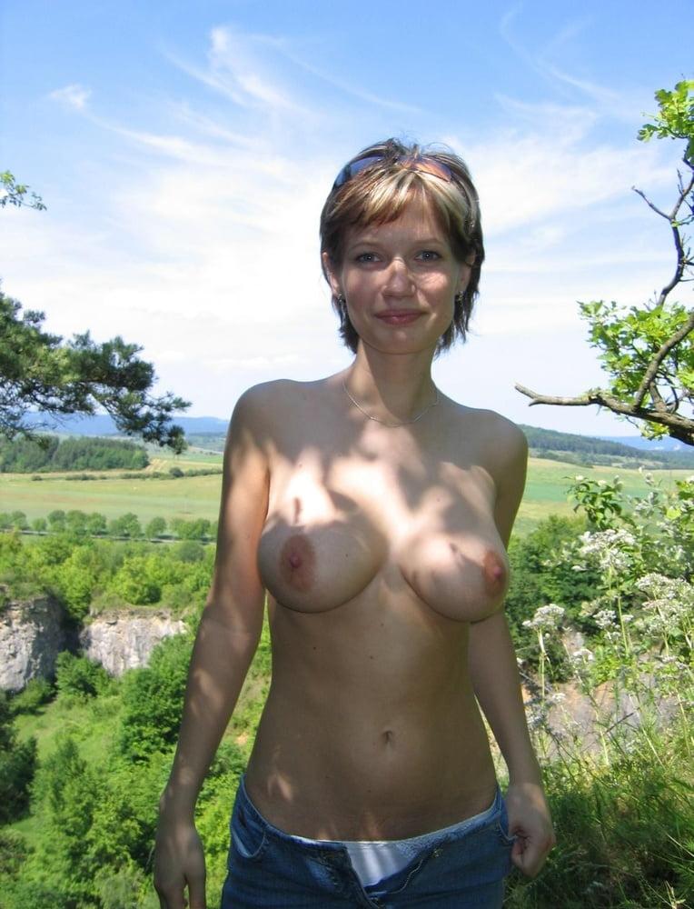 Short Hair, Huge Tits - 23 Pics