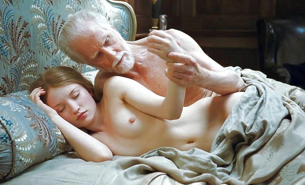Emily browning nude movies