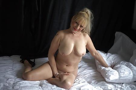 Jessica simpson bam margera fucking