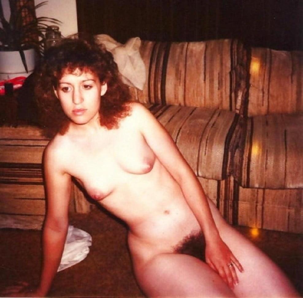 REAL WOMEN 410 - 24 Pics