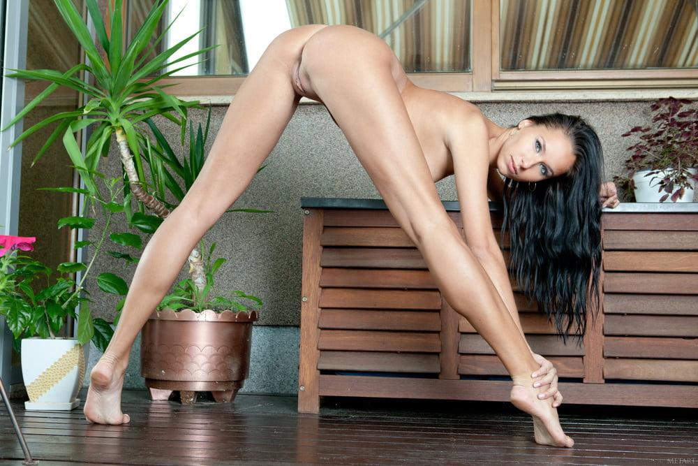 Длинные ноги русское порно, название порно фильмов с катей самбукой