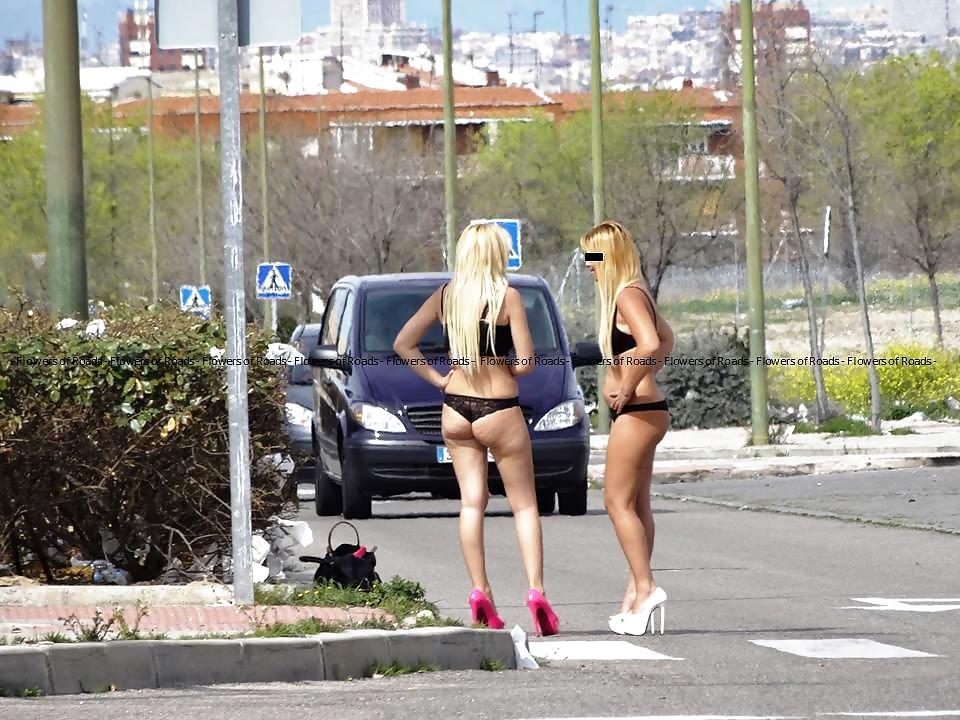 Улица настоящих проституток смотреть онлайн, ретро порно подборка с большими хуями
