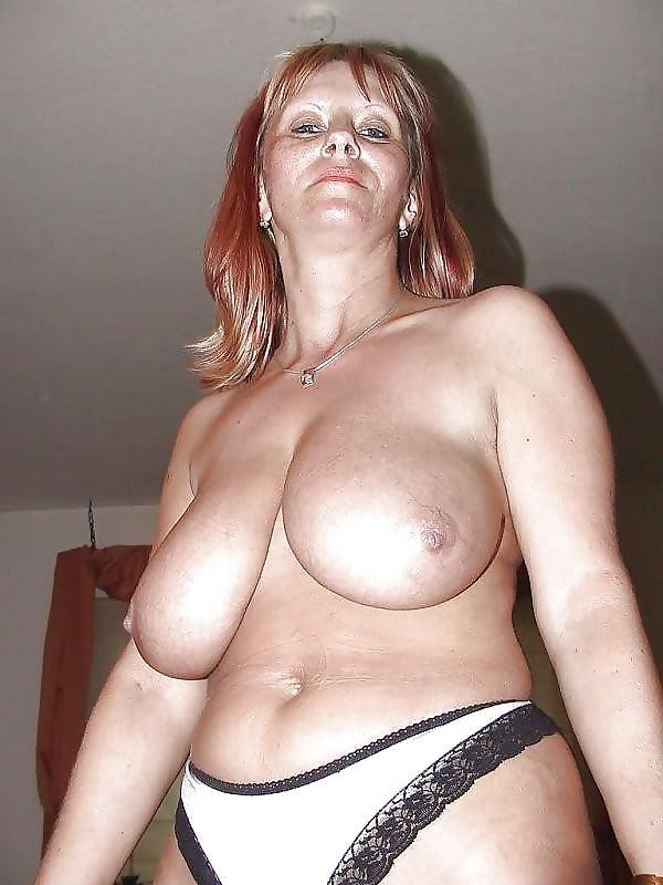 эро фото женщин в возрасте с огромными сиськами - 13