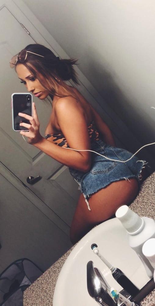 Samantha Aufderheide - 260 Pics