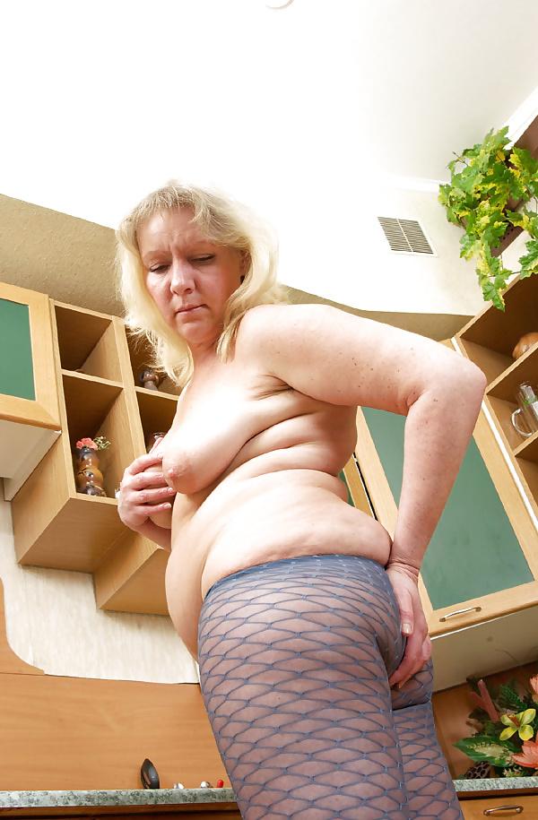 Mature tits mom-5864