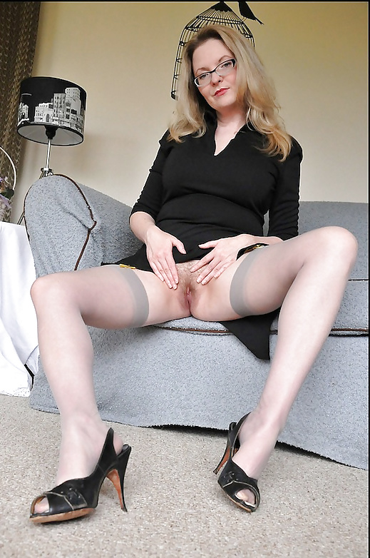 Trixie Glasses Grey Stockings Blonde Hairy Muff Mature Pornvibe 1