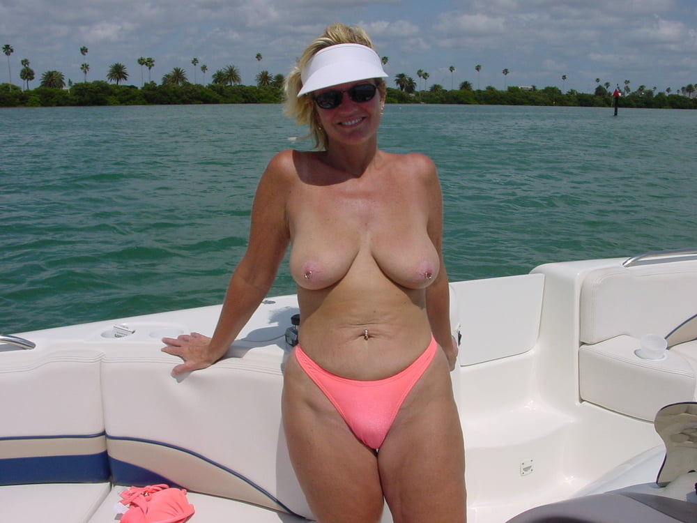 older-milf-shorts-boat-mothers-pussy