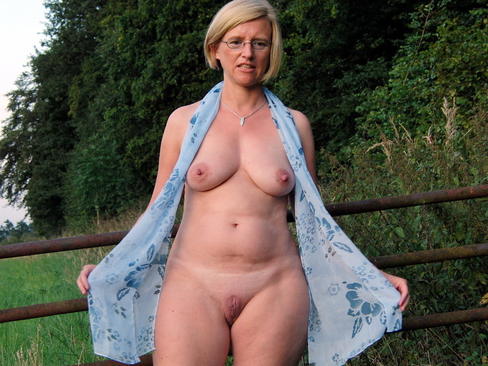 Naked mature ladies body