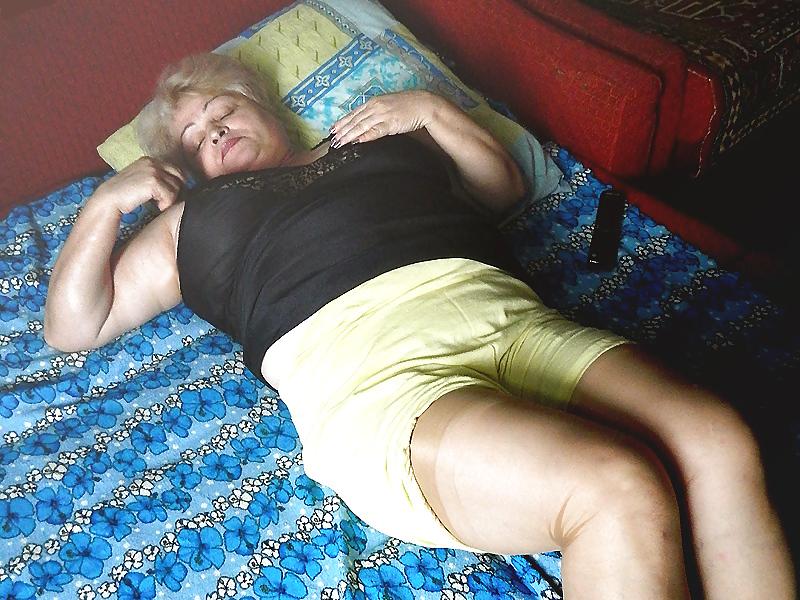 мамочки ебутся спящие зрелые пожилые - 11