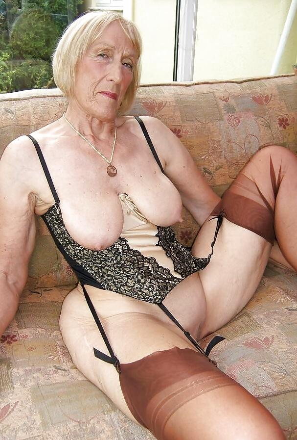 women-nasty-nude