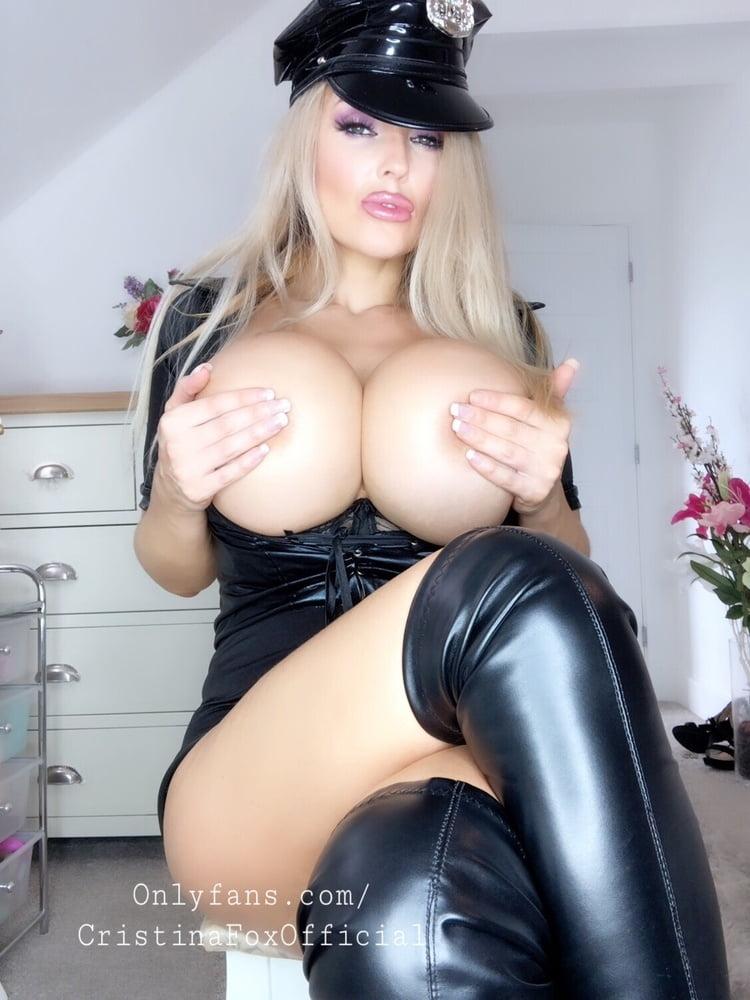 The Big Tit Foxy Goddess - 352 Pics