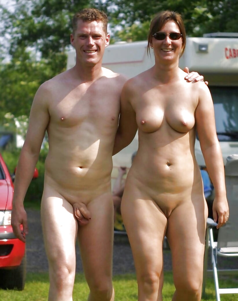 Free nudist couple photographs photos 11