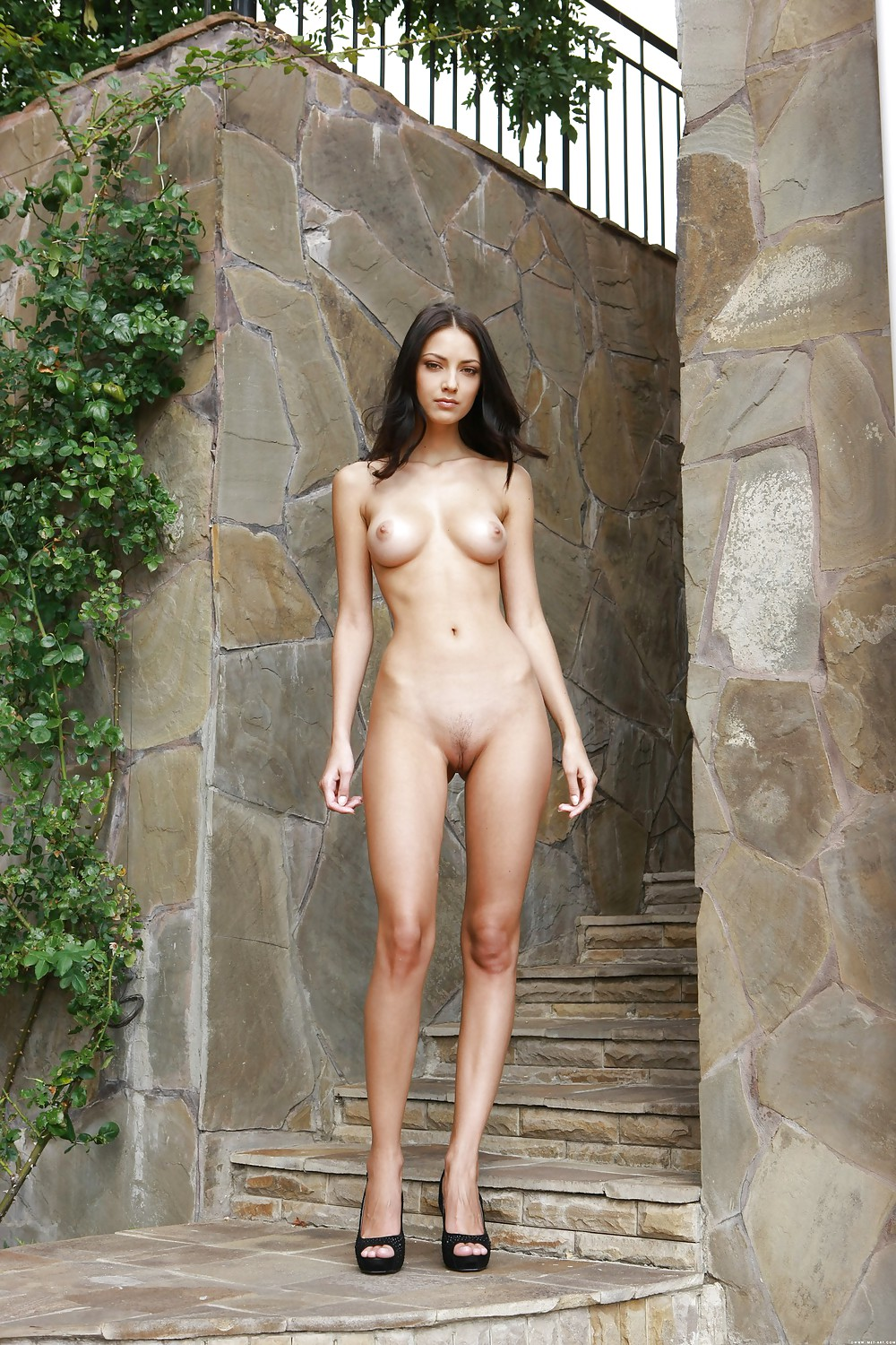 cute-naked-nude-standing-door-womans-ass