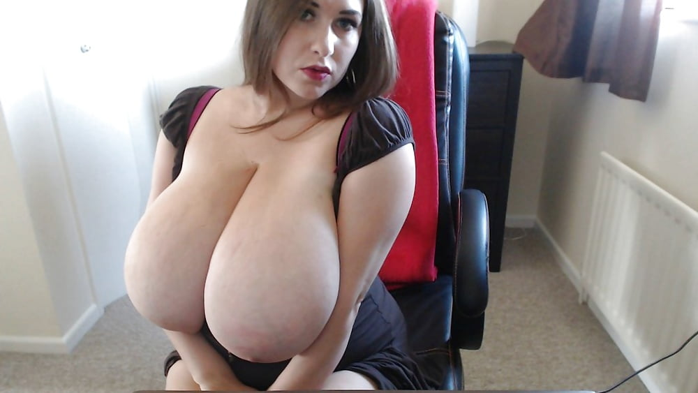 Hot busty webcam — 14