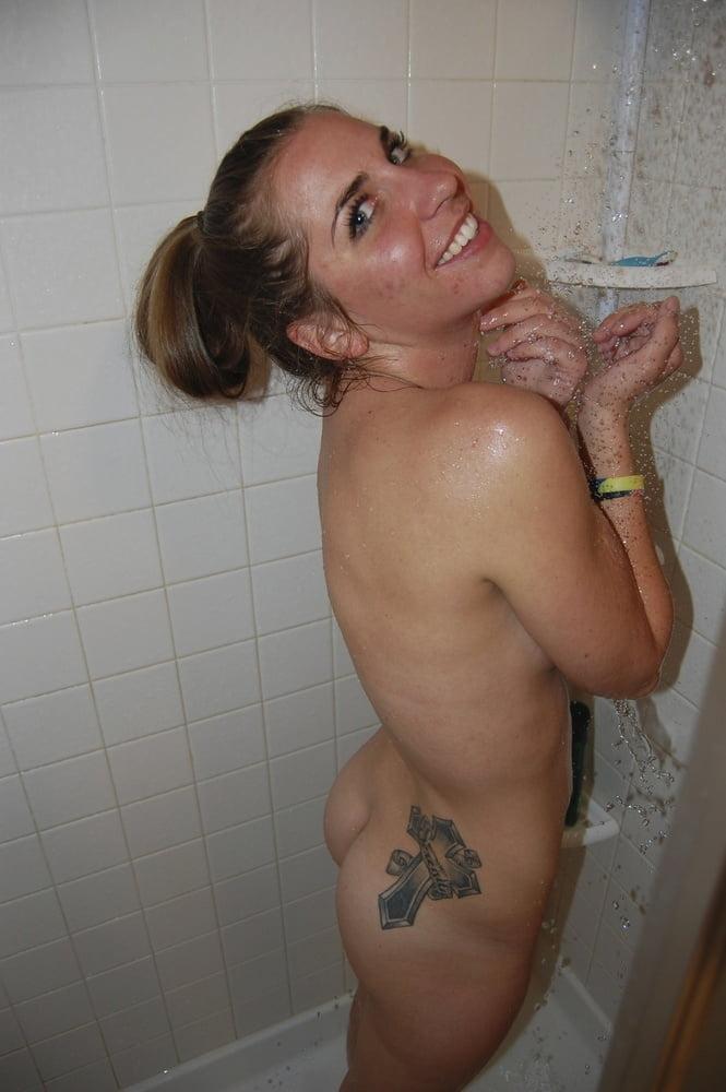 Video xnxx brunette-8208
