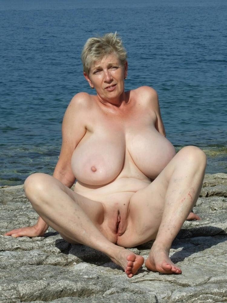 Море зрелых баб порно фото