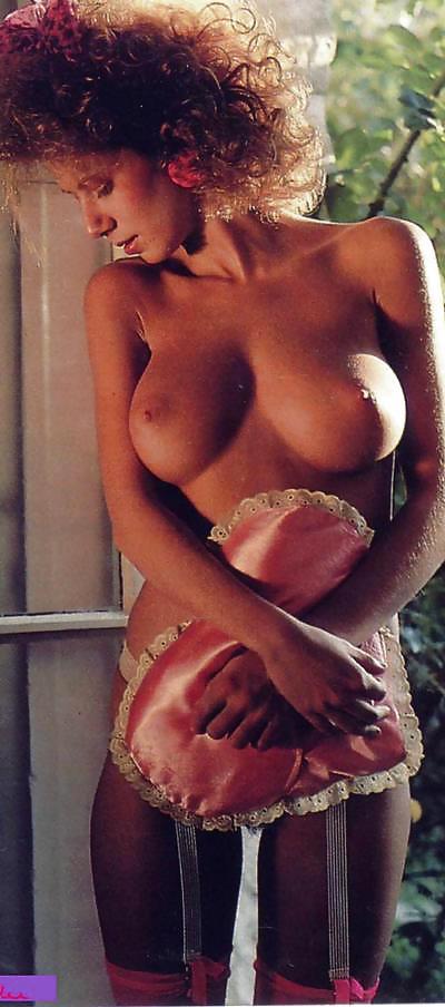 rikku-fiona-singh-from-guyana-porn-giving-double-handjob