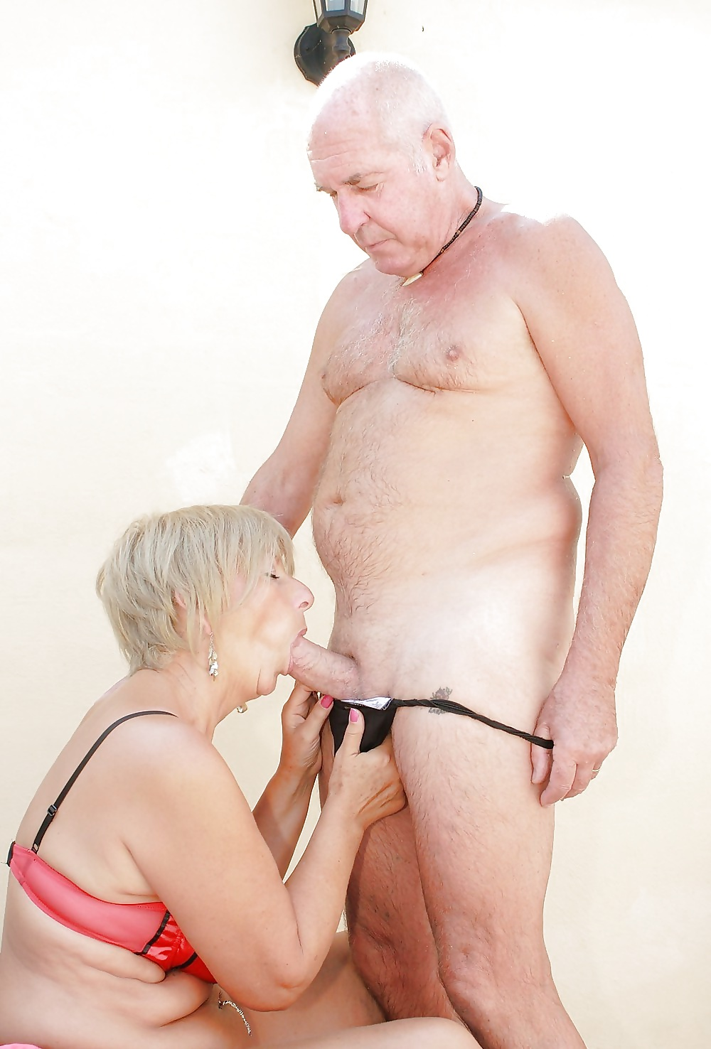 Naked granny and grandpa, old vs young free video