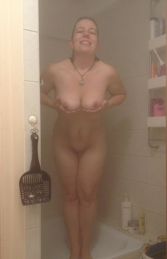 Son has sex with mom in shower