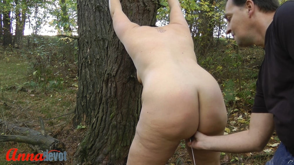 NAKED in the forest - ass SPANKING
