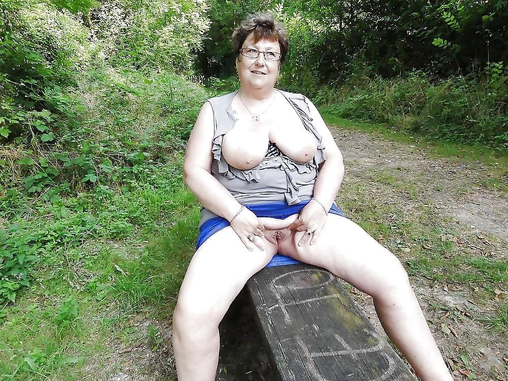 Nude mature sex photos-8145