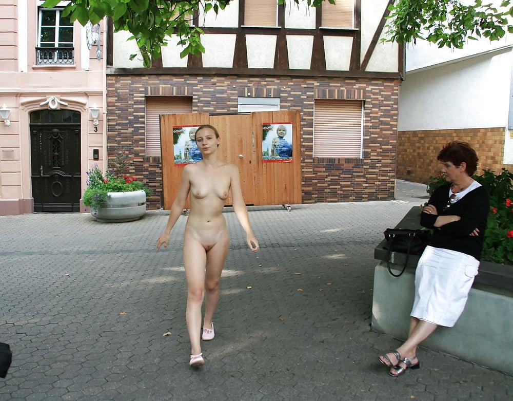 Hot naked female celebrity