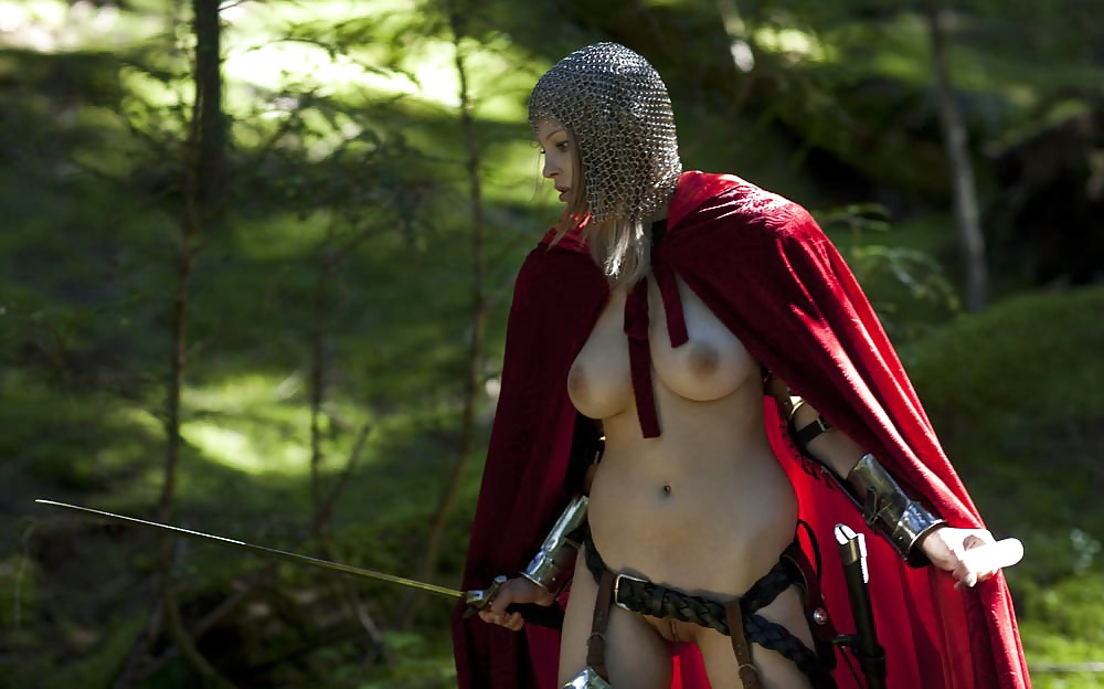 Princess warrior nude — photo 6
