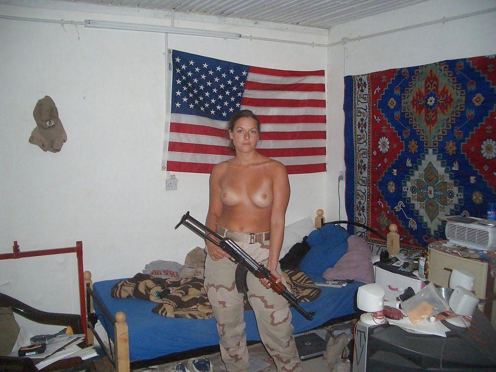 nude-girls-iraqi-topless-women-giving-blow-jobs