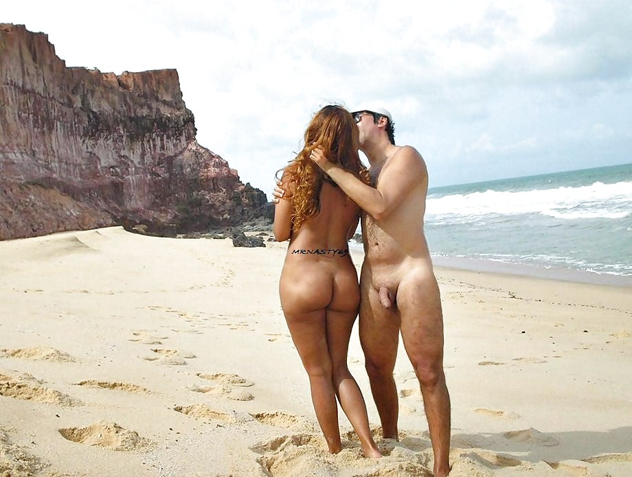 Walking On The Beach Naked Sex 1