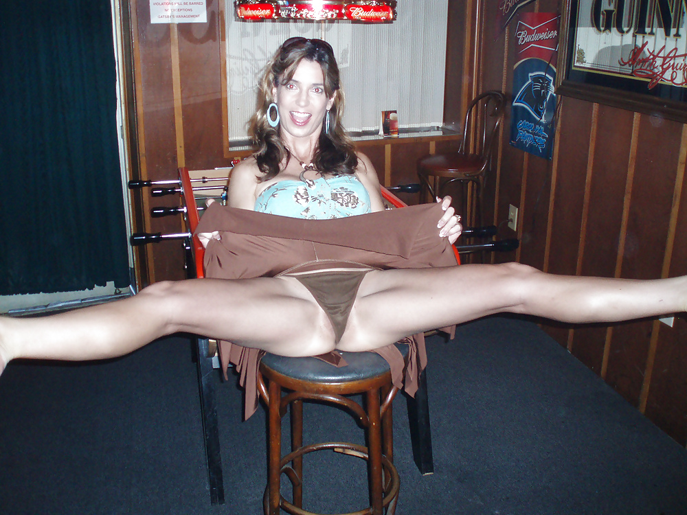 Free wife upskirt pictures