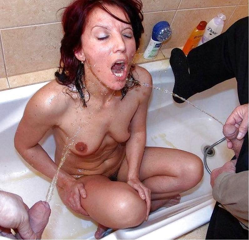 Blonde mature slut pissing herself under mature pissing slut blonde herself