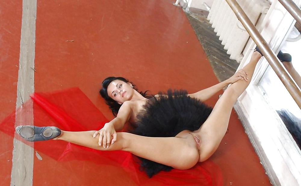 Порно засветы балерин, сквиртинг русское онлайн