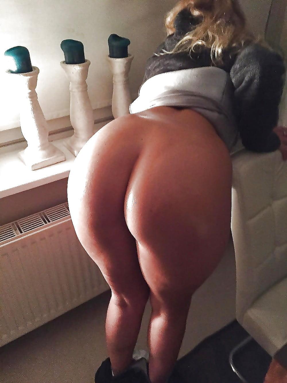 Nude white big booty wifes fatty