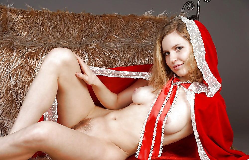фото эротических девушек из сказок наверное