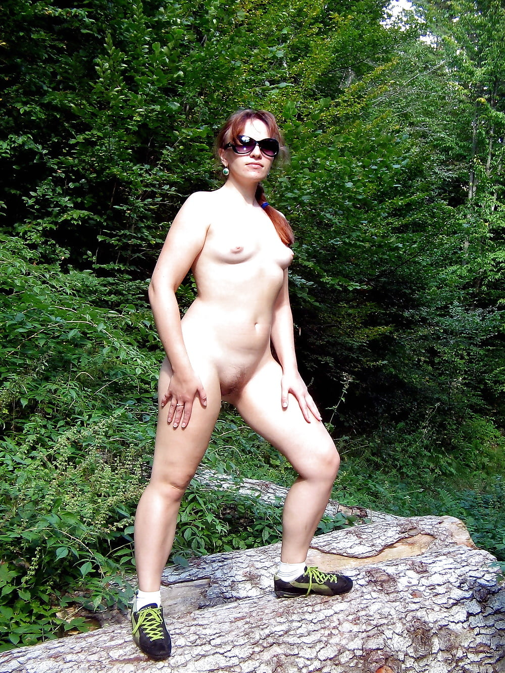 pooping-female-nude-outdoor-pics-mixed-girl-playing