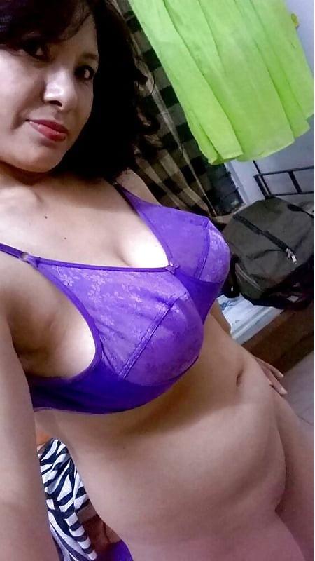 Amateur boob east indian pic