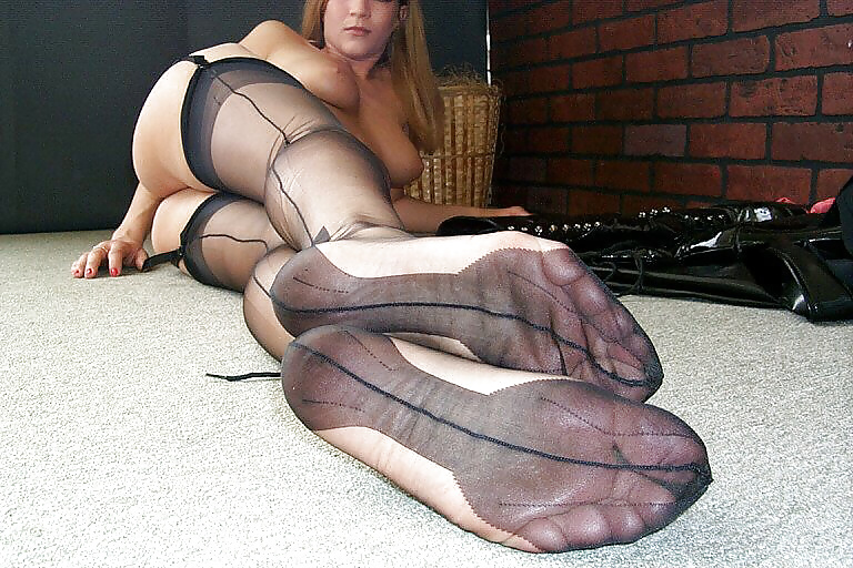 Barenaked ladies feet stockings